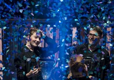 Adolescentes de 16 anos ficam milionários ao vencer campeonato de videogame