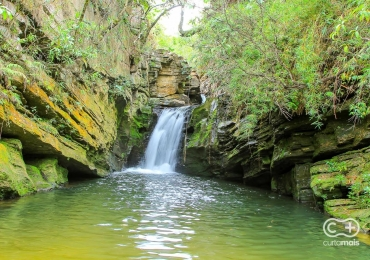 Conheça a Cachoeira do Canyon: paredões rochosos e águas cristalinas ainda pouco explorados pelos turistas de Pirenópolis