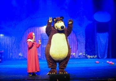 Masha e o Urso: espetáculo oficial se apresenta em Brasília