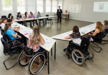 Prefeitura realiza projeto voltado para o empoderamento de mulheres com deficiência em Goiânia
