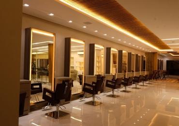 Salões de beleza investem em experiência para fidelizar clientela em Goiânia