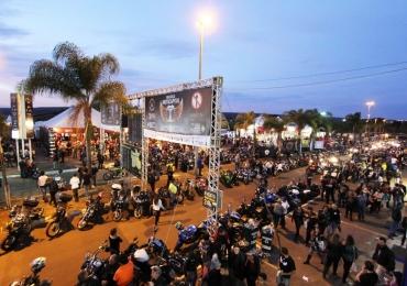 Brasília recebe o maior encontro de motociclistas da América Latina e o terceiro maior do mundo