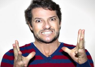 Marcelo Serrado traz espetáculo de humor 'O Atormentado' para Goiânia