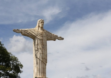 Cachoeiras, represa e até Cristo Redentor para visitar em Patrocínio, a poucas horas de Uberlândia