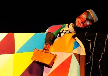 Teatro de bonecos tem oficina e espetáculo gratuitos em Goiânia