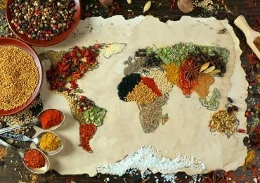 Confira o cardápio completo da Festa das Nações que acontece com entrada gratuita em Goiânia
