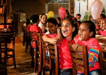 Restaurantes famosos de Goiânia vão servir comida de graça no mês das crianças