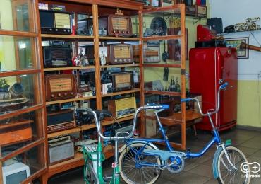 Descobrimos um bar retrô no Setor Universitário em Goiânia que é uma verdadeira máquina do tempo
