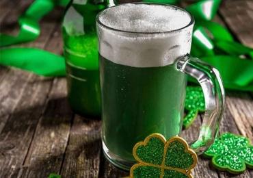 Goiânia recebe festa de St. Patrick's Day com direito a open bar de chopp verde