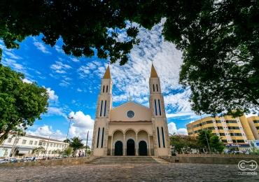 Conheça a Catedral de Formosa, um exemplar de fé e arquitetura em Goiás