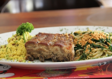 Chef famoso de Brasília assina menu executivo com pratos a partir de R$19,90