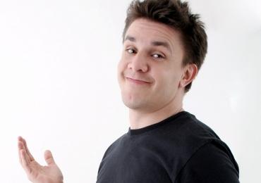 Conheça a programação do Benjamin, o novo clube de comédia de Goiânia