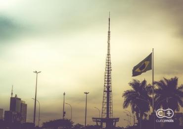 Chuva faz temperatura despencar em Brasília e pode cair mais