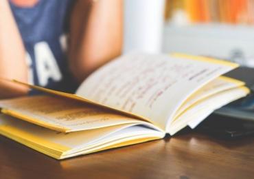 Cursos gratuitos de línguas estrangeiras estão com inscrições abertas na USP
