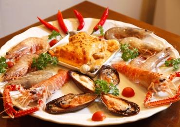 5 restaurantes para quem ama comer frutos do mar em Brasília