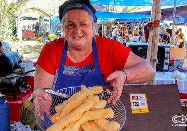 Conheça o Biscoito frito de Polvilho que faz o maior sucesso em feira de Goiânia