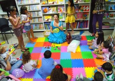 Passeio das Águas Shopping tem contação de história gratuita no Dia das Mães