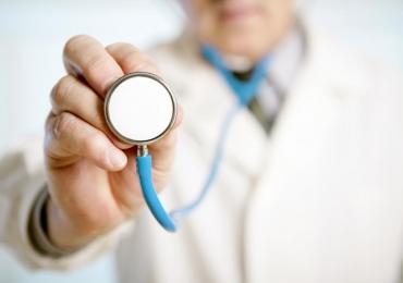 Programa Mais Médicos prorroga inscrições para vagas com remuneração de R$ 11.865,60