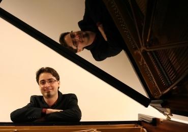 Pianista suíço desembarca em Brasília para apresentação gratuita
