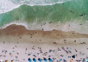 Como reconhecer um goiano na praia