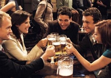 Vaidoso, estressado, tímido... um bar para cada tipo de amigo em Goiânia