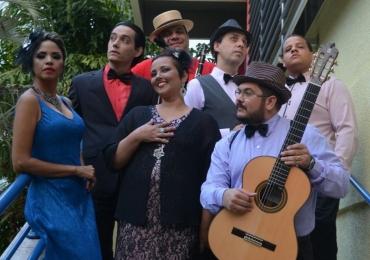 Grupo Menestreis apresenta rádionovela no Teatro Sesi em Goiânia