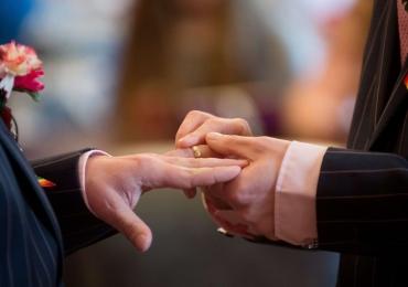 CCJ do Senado aprova união estável e casamento entre pessoas do mesmo sexo