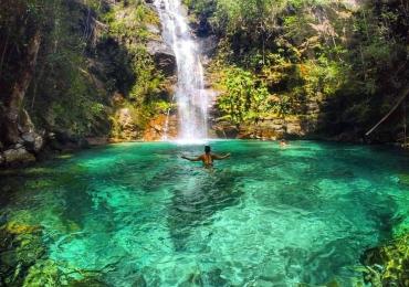 10 cachoeiras e cavernas para você explorar em Goiás