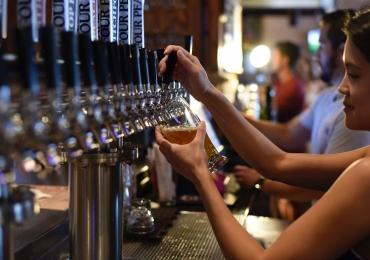 Goiânia recebe festival de cervejas especiais com mais de 30 chopes em sunset no fim de semana