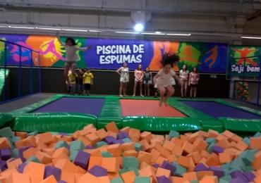 Arena Jump chega para animar as férias de crianças e adultos em shopping de Brasília
