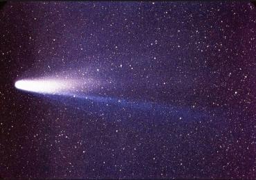 Pedaços do cometa Halley farão Chuva de Meteoros na madrugada de sábado para domingo