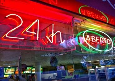 5 lugares para você comer na madrugada em Brasília