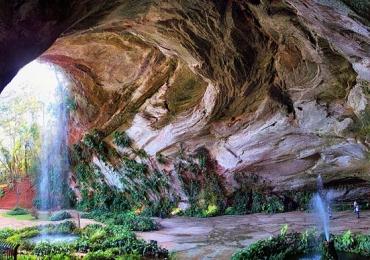 Conheça uma gruta incrível a alguns quilômetros de Uberaba