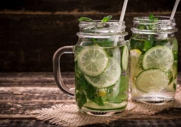 5 dicas para você se manter hidratado neste verão e voltar das férias mais saudável