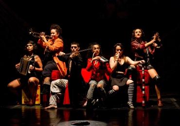 Hugo Rodas encena espetáculos em Belo Horizonte