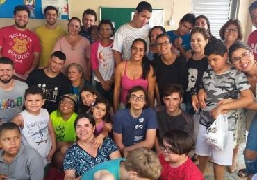 Autismo: Peça 'O Menino do Dedo Azul' escrita e encenada por crianças autistas acontece em Goiânia neste domingo