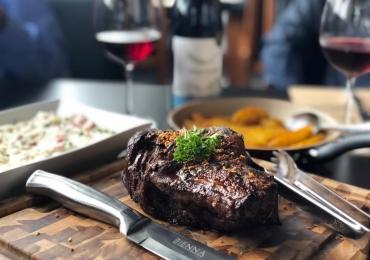 Restaurante Bienna: a maior variedade de carnes nobres e exóticas do Brasil com 30% de desconto no Clube Curta Mais