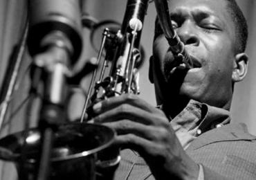 Noite de Jazz com chopp Colombina grátis agita a quinta-feira em Goiânia