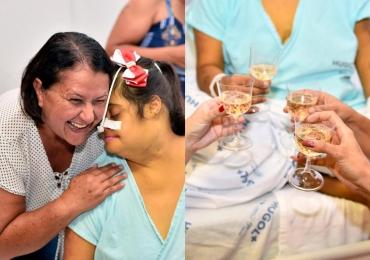 Hospital de Goiânia realiza sonho de paciente de brindar pela primeira vez com uma garrafa de espumante