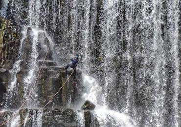 7 maneiras de explorar as cachoeiras e paisagens de Uberlândia e região com muita adrenalina