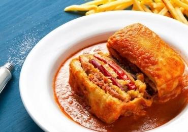 Conheça o prato 'Francesinha' uma delícia portuguesa do Quinta do Minho