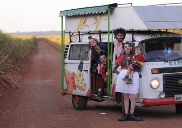 Goiânia recebe espetáculo circense de companhia teatral paulista