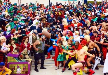 Evento geek reúne games, concursos de cosplay e arena medieval em Goiânia