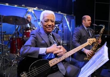 Bira; baixista e músico do programa do Jô morre aos 85 anos em São Paulo