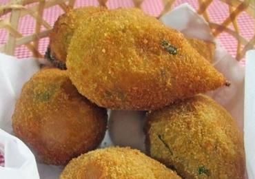A melhor coxinha do Brasil fica em São Miguel do Passa Quatro em Goiás, a 77 km de Goiânia
