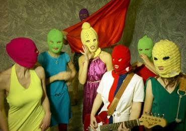 Bravas Brasil: festival de música gratuito em Brasília tem show da banda russa Pussy Riot
