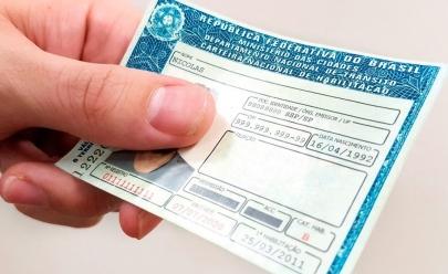 Cidadãos de baixa renda podem ter acesso gratuito à primeira CNH em Goiás