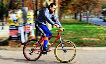 Ciclista que andar sem capacete em Goiânia poderá ser multado