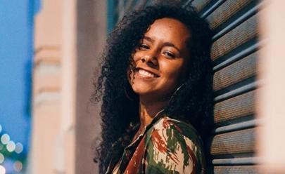 Brasileira de 16 anos ganha bolsa de estudos em programa da NASA