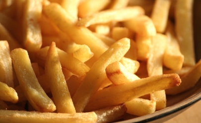London Fries: novo pub em Goiânia tem batata frita como prato principal
